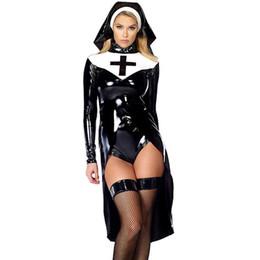 резиновая горничная Скидка 2016 новый стиль монахиня костюм сексуальная женская Святая соблазнительница Хэллоуин костюм с виниловыми топ трусики и головной убор