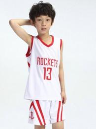 Kit de vestir de baloncesto para niños de envío gratis Ropa de rendimiento de jardín de infantes Ropa de entrenamiento de niños de primaria desde fabricantes