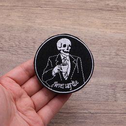 Death punk online-Death Skeleton Skull Punk Goth Ocultó el remiendo bordado para la ropa de hierro en Applique Inspirational Accessories