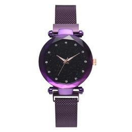 Canada Bien-être des femmes 2019 dames 6 couleur Starry Sky diamant montre de mode montre à quartz paresseux aimant bracelet aimant montre Offre