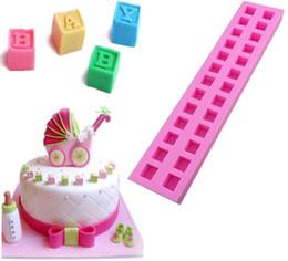 Canada Super 26 Anglais Lettres 3D Moule En Silicone Alphabet D'anniversaire Silicone Sugarcraft Moule Chocolat Fondant Bougie Moldcake Outils De Décoration Offre