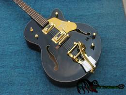 Canada Guitare de jazz du noir Falcon 6120 fait sur commande avec le matériel d'or de Tremolo de haute qualité de Chine Offre
