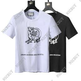Colección de ropa online-2018 colección de primavera y verano Diseñador de ropa de lujo Marca de los hombres Camiseta camiseta simple manga corta camiseta camiseta Runway Tees Casual Top