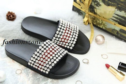 Wholesale Embellished Sandals - 2018 mens and womens fashion crystal-embellished leather and rubber slides sandals adults beach flip flop size euro35-45