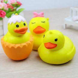 подвеска из желтой розы Скидка Cute Cartoon Yellow Duck Squishy Slow Rising Jumbo Animal Pendant Straps Мягкий крем Ароматизированный хлебный торт Kid Fun Toy Gift