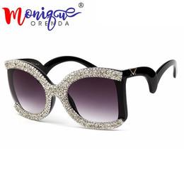 2019 schmetterlings-sonnenbrille 2018 Marke Designer Schmetterling Sonnenbrille Frauen übergroßen Luxus Strass Retro Männer Brille Shades für Frauen günstig schmetterlings-sonnenbrille