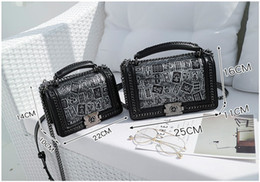handy chinesisch mini Rabatt 2018 Handtasche Kleine Mini Mode lässig Damen Tasche Frauen Handytasche Hand greifen Tasche Cross Body Schultertasche Black Chinese Elemente A1755