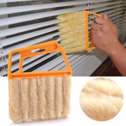 2019 spazzola di detersione Utile Microfibra per la pulizia delle finestre Spazzola per aria condizionata Detergente per spolverare con panno lavabile per pulizia lama veneziana sconti spazzola di detersione