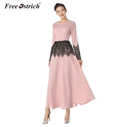 Wholesale Islamic S - Free Ostrich Dress Women Islamic Robe Loose Lace Stitching Soft Cotton Fabric Long Sleeves Maxi Long Dress In The Floor A2230
