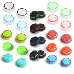 Bonés do joystick on-line-Dual color silicone joystick cap polegar aperto vara apertos caps case para ps4 ps3 xbox one 360 wii controlador dhl fedex ems frete grátis