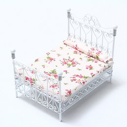 Wholesale Metal Dollhouses - Wholesale-1 12 Dollhouse Miniature Bedroom Furniture Metal Bed With Mattress White European Style Mini Cute Decor Gift Toys For Children