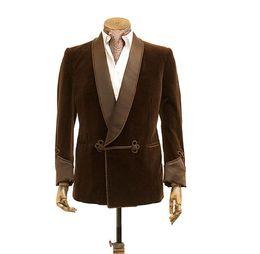 Vestidos de fiesta de terciopelo marrón online-Traje marrón 2018 Terciopelo chaqueta de los hombres fumadores Doble de pecho vestido de fiesta del banquete de boda chal de solapa chal y pantalones