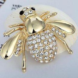 Wholesale rhinestone bee brooch - European And American Big Cute Bee Brooch CZ Brooch Pin Collar Cardigan Dress Female Jewelry Brooches For Wedding Bouquets