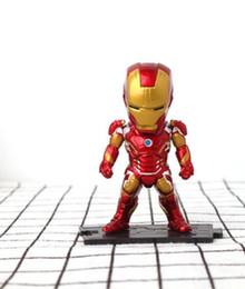 uniformi di combattimento militare nero Sconti Iron Man Hand Office Model Captain America Car Decoration Raytheon Marvellous Doll Avenger Union Cake Decoration