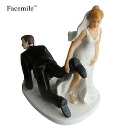 Wholesale Couples Figurines - Facemile Bride and Groom Toppers Couple Figurine Wedding Funny Cake Topper for Wedding Cake Decoration Party Supplies 54103