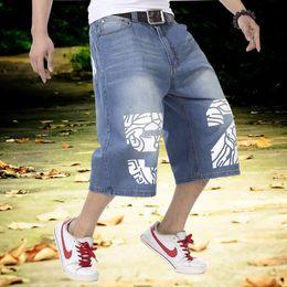 Hip hop baggy jeans kurz online-Männer Sommer Blue Jeans Hip Hop Lose Jeans Männer Baggy Denim Reithose Shorts Jeans Für Männer Big Plus Size 30-46