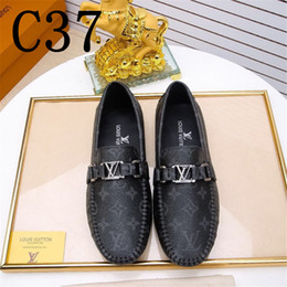 Chaussure bateau chaussure en Ligne-Hommes Chaussures en cuir véritable Mocassins Hommes Slip on Driving Shoes Casual Bateau classique Top Marque Casual Mocassin Noir Brown Flats