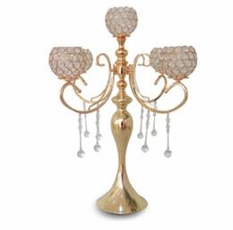 2019 castiçais de pilar de vidro Elegante novo alto 5 braços de casamento rosa de ouro candelabro de cristal para peças centrais da decoração do casamento