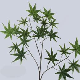 Fiori di albero di acero online-Nuovo verde e rosso plastica fiore artificiale foglia d'acero grande albero decora ramoscello di seta simulazione piantagione verde di alta qualità 3 6 dd aa