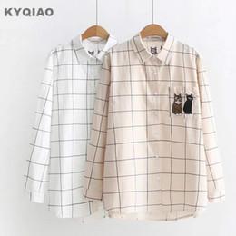 ac710d002 Blusa de cuadros KYQIAO para mujer otoño verano Japón estilo fresco lindo  de manga larga camisa de gato a cuadros de color caqui blanco blusa blusa  Ofertas ...