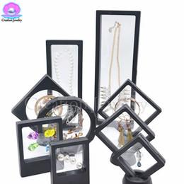 acryl halskette display steht Rabatt Schwarz 3D Floating Schmuck Display Frames Acryl Transparent Halskette Ohrringe Dispaly Stände für Displayling Frauen Schmuck mit Basics