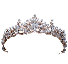 Wholesale american head dress - baroque crown New European and American handmade Crown Crystal Wedding dress head ornaments 2018 new free shipping 1-21