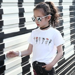 classic rock shirts Promo Codes - Teens Girl Floral Embroidered Tshirts Summer Cotton Girls Brand T -Shirt Kids Designer Bee Tees Loose Rock T -Shirt Girl Clothes