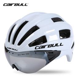 lente conduzida Desconto Aero Adulto Óculos Capacete de competência da bicicleta Time Trial Capacete de Segurança In-mold Lens Capacetes M L 54-62cm Óculos