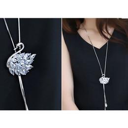 Cisne ama collar online-Las mujeres de moda Rhinestone Swan borla collar colgante elegante collar largo suéter cadena accesorios de la joyería de regalo para el amor novia