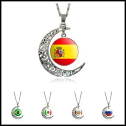 Wholesale Pendant Metal Pearl - 2018 World Cup Olympic Games 12 Styles National Flag Metal Necklace Moon Shaped Pendants Chocker Fashion Jewelry