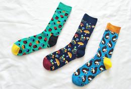 Karikatür Beetle Avrupa ve Amerikan Çorap Moda Popüler Tam Desen Stocking Uzun Tüp Tatlı Aşk Çorap nereden