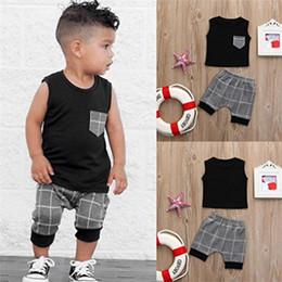 2020 calções pretos para crianças 2018 roupas de bebê menino verão tops preto com bolso + calções 2 pcs casual meninos roupas criança roupa dos miúdos roupas para meninos 0-5 t desconto calções pretos para crianças