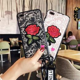 3d encajes rosas online-Caja de lujo de la flor de las rosas del bordado del cordón de la relevación 3D para el caso del iPhone X, cubierta del teléfono de la manera para la caja de la protección del iPhone 8 7 6 6sPlus