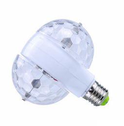 bola de discoteca giratoria Rebajas E27 85-265V Bombilla LED RGB 6W Cristal giratorio automático Etapa Luz Magia Bolas dobles DJ Party Disco Efecto lámpara