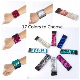 Wholesale Glitter Christmas Decorations - 17 Colors Charm Bracelets DIY Mermaid Sequin Wristband Glitter Jewelry Bangle Wedding Party Christmas Favors Gifts 30PCS YYA976