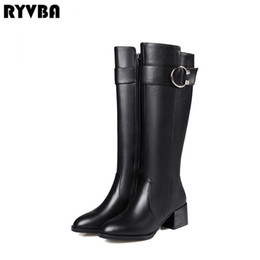 RYVBA 2018 Frauen aus echtem Leder Oberschenkel hohe Stiefel Damen Winter  Kniehohe Stiefel schwarz Quadrat Heels Frau spitz Schuhe 4dc10012ba