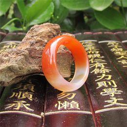 anillo jade rojo china Rebajas 20 mm de ágata roja natural anillo de dedo de jade modelos masculinos y femeninos de anillo de jade chino promoción genuina de viento