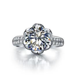 schicke sterling silber ringe Rabatt Romantische 2 CT Lotus Hochzeit Verlobungsring Rundschnitt Synthetische Diamant Phantasie Ring Sterling Silber Schmuck Platin Überzogene Ringe für Frauen