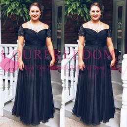 Wholesale capped sleeved dresses - 2018 Vintage Black Mother of the Bride Groom Dresses Square Neckline Short Sleeved Lace Chiffon Plus Size Evening Gowns Custom Made Hot Sale