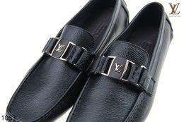 xiuchun852 Leder Weiche männer freizeit kleid schuh teil geschenk doug schuhe Metallschnalle Slip-on Berühmte marke mann faul falts Müßiggänger Zapatos Hombre von Fabrikanten