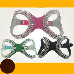 Arnés de perro de diamantes de imitación medianos online-Suave gamuza de cuero del perrito del arnés del perro Rhinestone Pet Cat chaleco Mascotas Cachorro arneses para pequeños perros medianos Chihuahua rosa