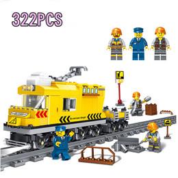 0306 new arrival 322pcs bloques de construcción The Railway Track Train juguetes de construcción conjunto con rueda niños regalo de vacaciones lepin bloques ladrillos desde fabricantes