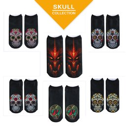 Wholesale cartoon slippers - 2018 New Fashion Autumn Winter Fashion Casual Cotton 3D Socks Skull Heads Printed Socks Male and Female Generic 6 Color