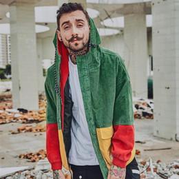 capucha chaqueta de pana Rebajas 2018 Hip hop Cap sueltos Hombres chaqueta de pana con abrigo de invierno otoño Harajuku Remiendo rojo Capa de bombardero Unir parejas de chaqueta