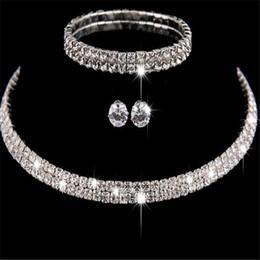 fd1e3c1820cd Nueva moda Rhinestone cristal choker collar pendientes y pulsera de la boda  conjuntos de joyas para las mujeres accesorios de la boda rebajas chokers  de ...