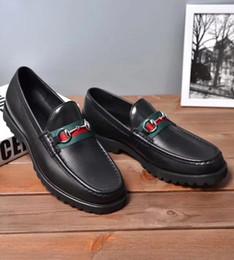 Argentina Hecho a mano de la vendimia del diseñador de la marca de moda zapatos de boda del partido del vestido de los hombres de cuero genuino de los hombres de Oxford zapatos de gran tamaño Suministro