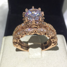 Conjunto de casamento vintage prata esterlina on-line-Mulheres do vintage Rodada corte 3ct Diamonique Cz Anéis de ouro Rosa Preenchido 925 Sterling Silver Flor anel de casamento Banda set para as mulheres