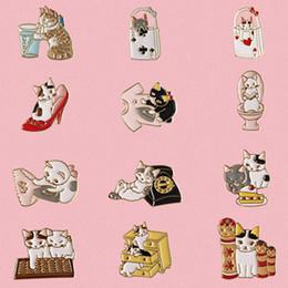 Envío gratis 12 UNIDS / lote camisas del bolso jean accesorios de metal esmalte gato gatito broche insignia desde fabricantes