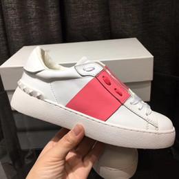 Wholesale comfort man - women men shoes Casual Shoes Lace Up Designer Comfort Pretty Girl Women Sneakers Casual Leather Shoes Men Womens Sneakers size 35-46