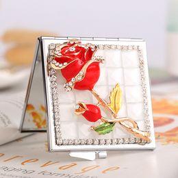 2019 lembrança rosa para casamento mini beleza maquiagem compacto espelho de bolso, festa de casamento dama de honra lembrança do presente da amiga, bling cristal strass rosa flor desconto lembrança rosa para casamento